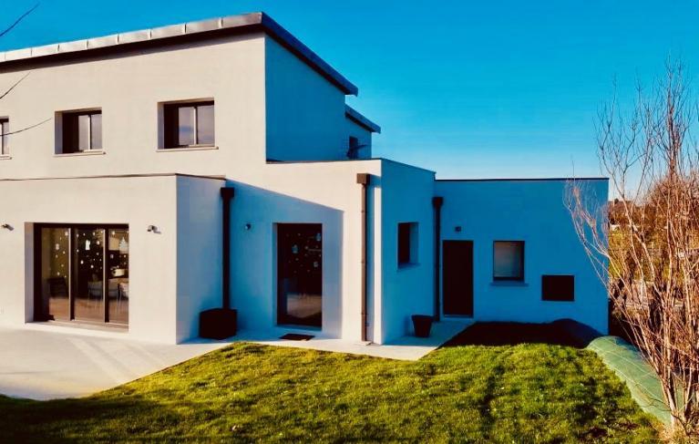 Belle villa avec un systeme de chauffage confort amzair