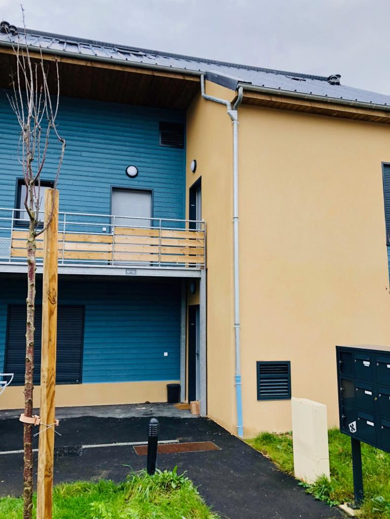 Grilles de pompe a chaleur AMZAIR sur des logements bbc neuf