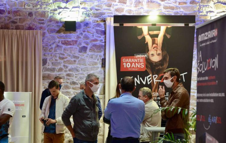 Showroom exposition AMZAIR pompe à chaleur garantie 10 ans